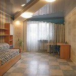 Какими качествами должно обладать потолочное покрытие в жилом помещении
