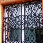 Выбираем кованые решетки на окна