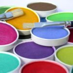 Виды и особенности выбора интерьерной краски для внутренних работ